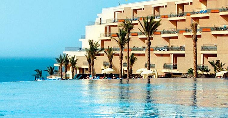 Günstige Hotels bei Riu buchen